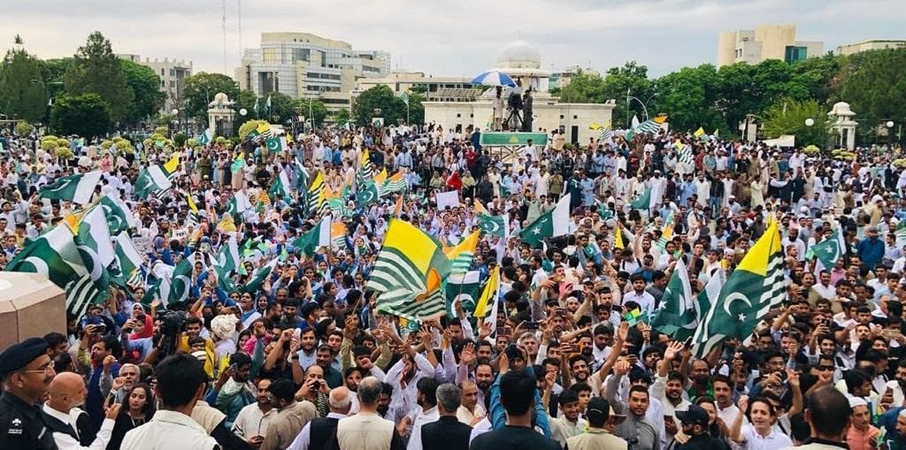 Kashmir Hour: Pakistan PM calls for solidarity