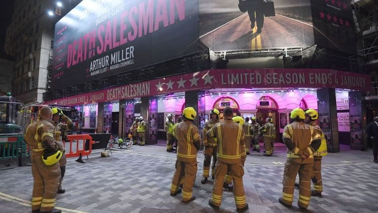 Picadilly theatre evacuated after ceiling collapses during show