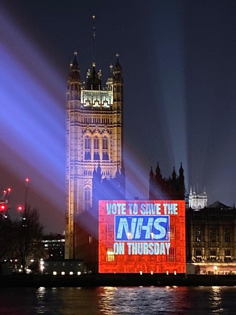 NHS staff in England could be offered 3% pay rise