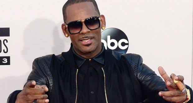 r kelly faces another charge