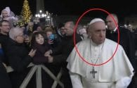 pope francis smacks womans hand to free himself from her grip