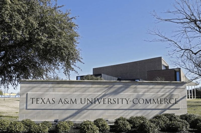 US shooting: Two dead at Texas University campus