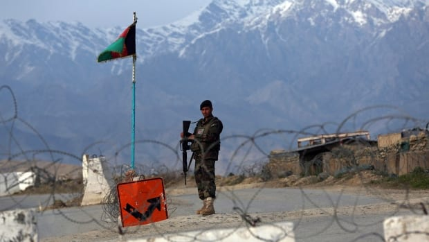 Afghanistan to release 400 'hardcore' Taliban paving the way to 'peacetalks