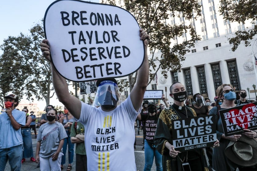 Breonna Taylor: Protests erupt across the US after officer charged but not over her death