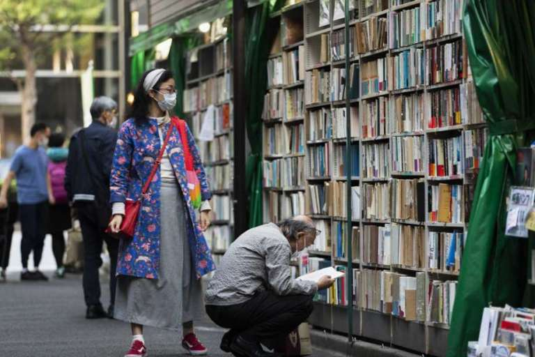 Japan passes 100,000 cases