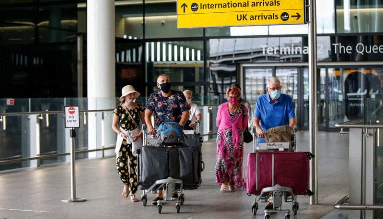Arrivals in England to be able to cut quarantine if they pay for test