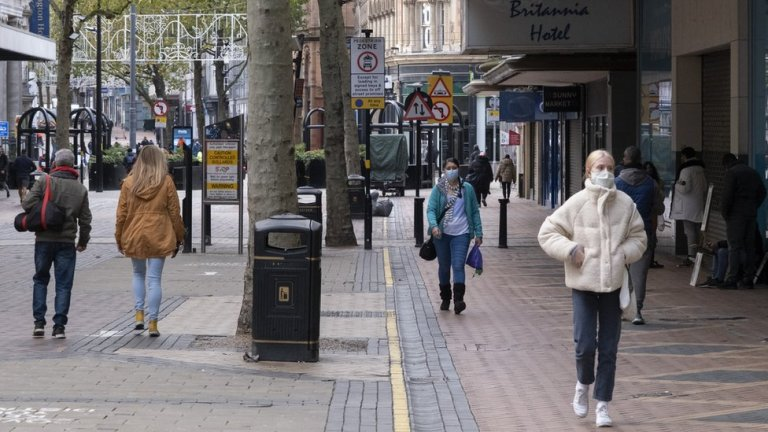 Retail workers scared as cases surge