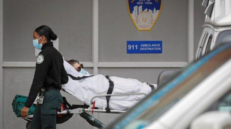 US Covid-19 death toll surpasses quarter of a million