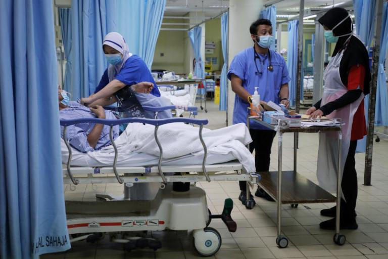 MALAYSIA REPORTS 1,032 NEW COVID-19 CASES, EIGHT NEW DEATHS