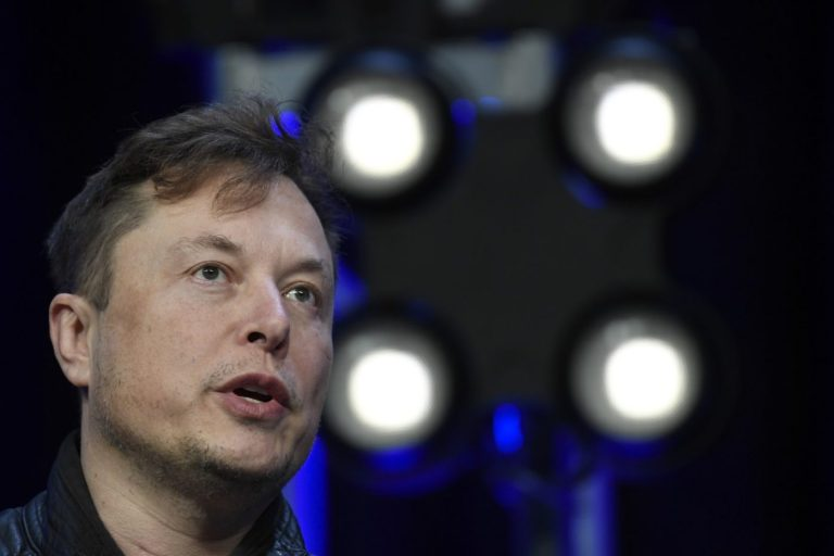 Elon Musk joins California exodus