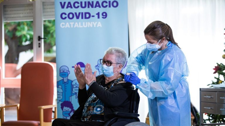 Spain to keep registry of those who refuse to get Covid-19 vaccine