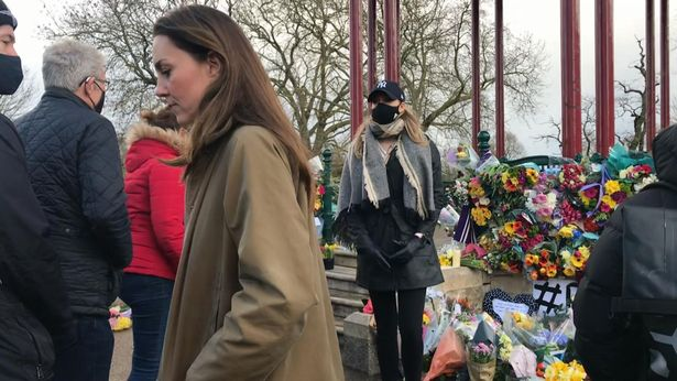 Sunday Papers: 'Outrage' over handling of vigil - Kate's 'not-so-subtle' statement - Covid-19 latest