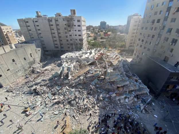 Israel bombs Al Jazeera ceasing News of military offensive in Gaza - Video