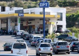 Lebanon caretaker PM approves financing fuel imports at weaker exchange rate