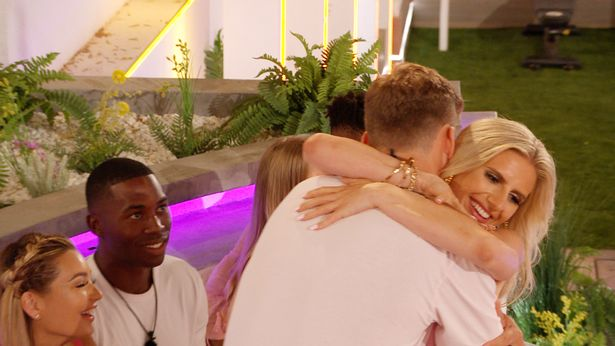 Love Island fans call out Hugo for Chloe speech after he backed Toby dumping Kaz