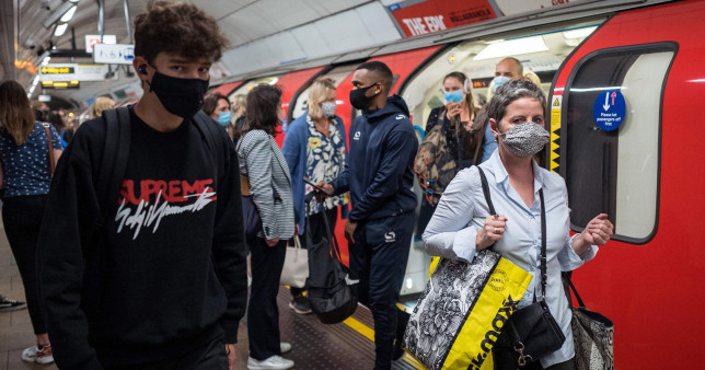 Despite Freedom Day, face masks to remaincompulsory on London buses and Tubes.