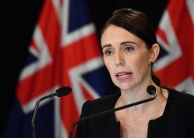 Jacinda Ardern lashes out at UK's 'unacceptable' new Covid policy and warns of travel ban
