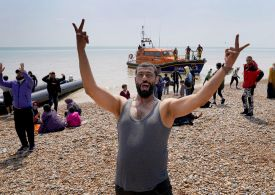 430 migrants cross English Channel to arrive in the UK