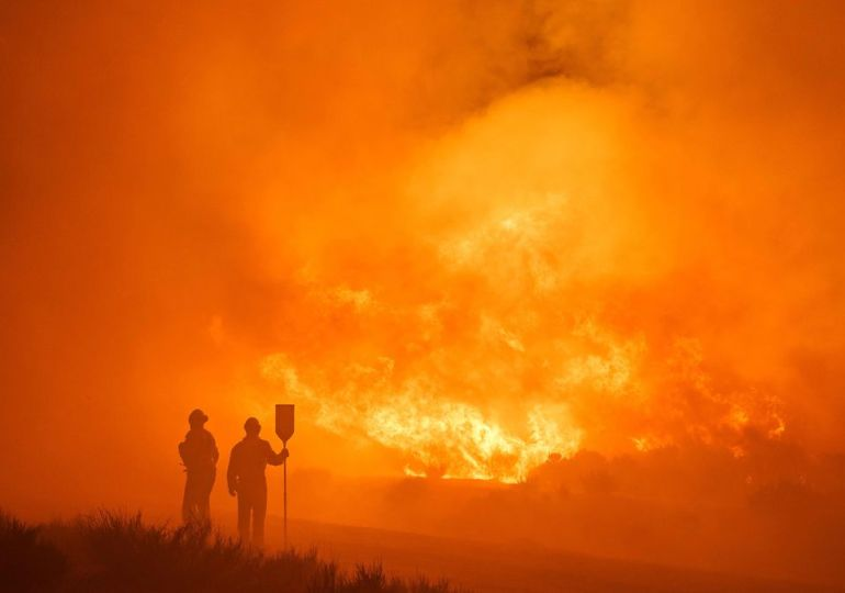 Apocalyptic fires tear apart parts of Spain as country experiences near-record heat – world news