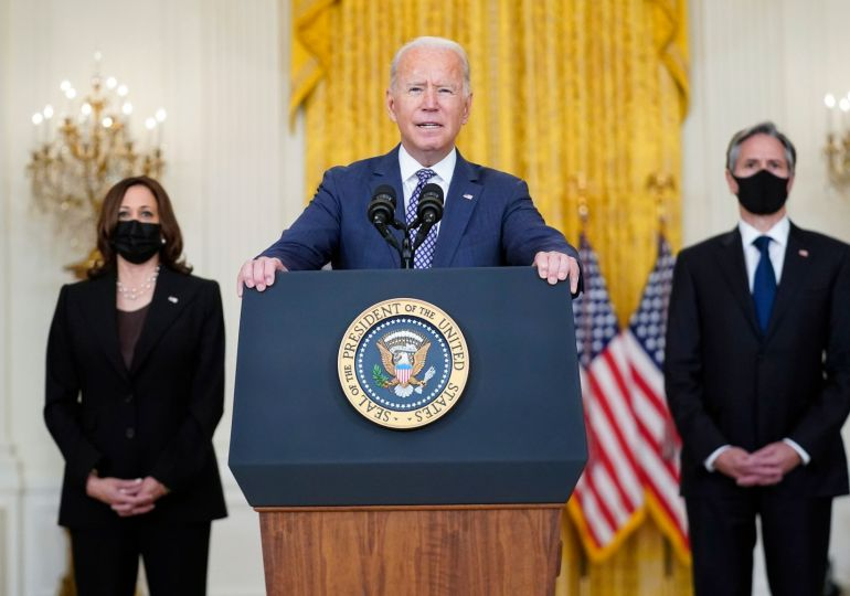 Biden expected to decide in 24 hours whether to extend withdrawal past 31 August