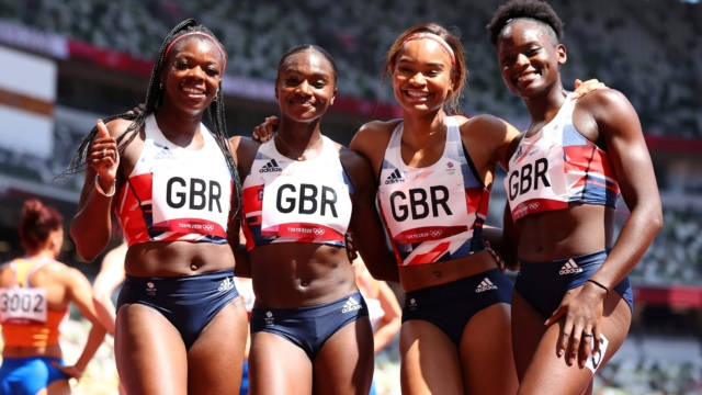 Dina Asher-Smith shrugs off injury to help Team GB reach 4x100m relay final in record time