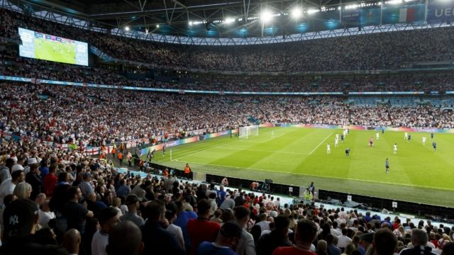 Full Premier League crowds 'unwise' as Government yet to release Wembley Euro 2020 Covid data