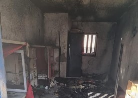 Palestinian prisoners set fire to cells