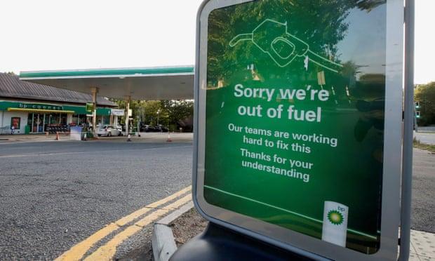 Boris Johnson to consider using army to supply petrol stations