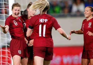 Ellen White closes on England scoring record with double in Luxembourg rout