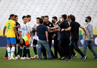 Chaos during Brazil v Argentina as health officials storm pitch to deport players