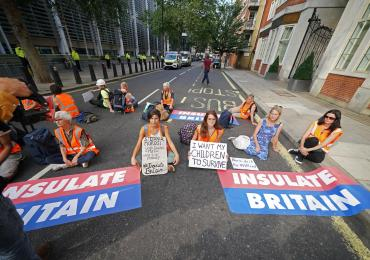 Insulate Britain blocks road outside Home Office after M25 protest injunction