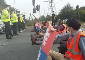 M25 protest: 36 arrested after climate protesters block M25 AGAIN