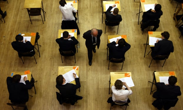 GCSE and A-level pupils to be awarded fewer top grades in 2022, says Ofqual
