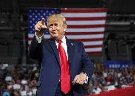 Trump preparing to throw gauntlet down for Biden 'Looks like he's on campaign trail'
