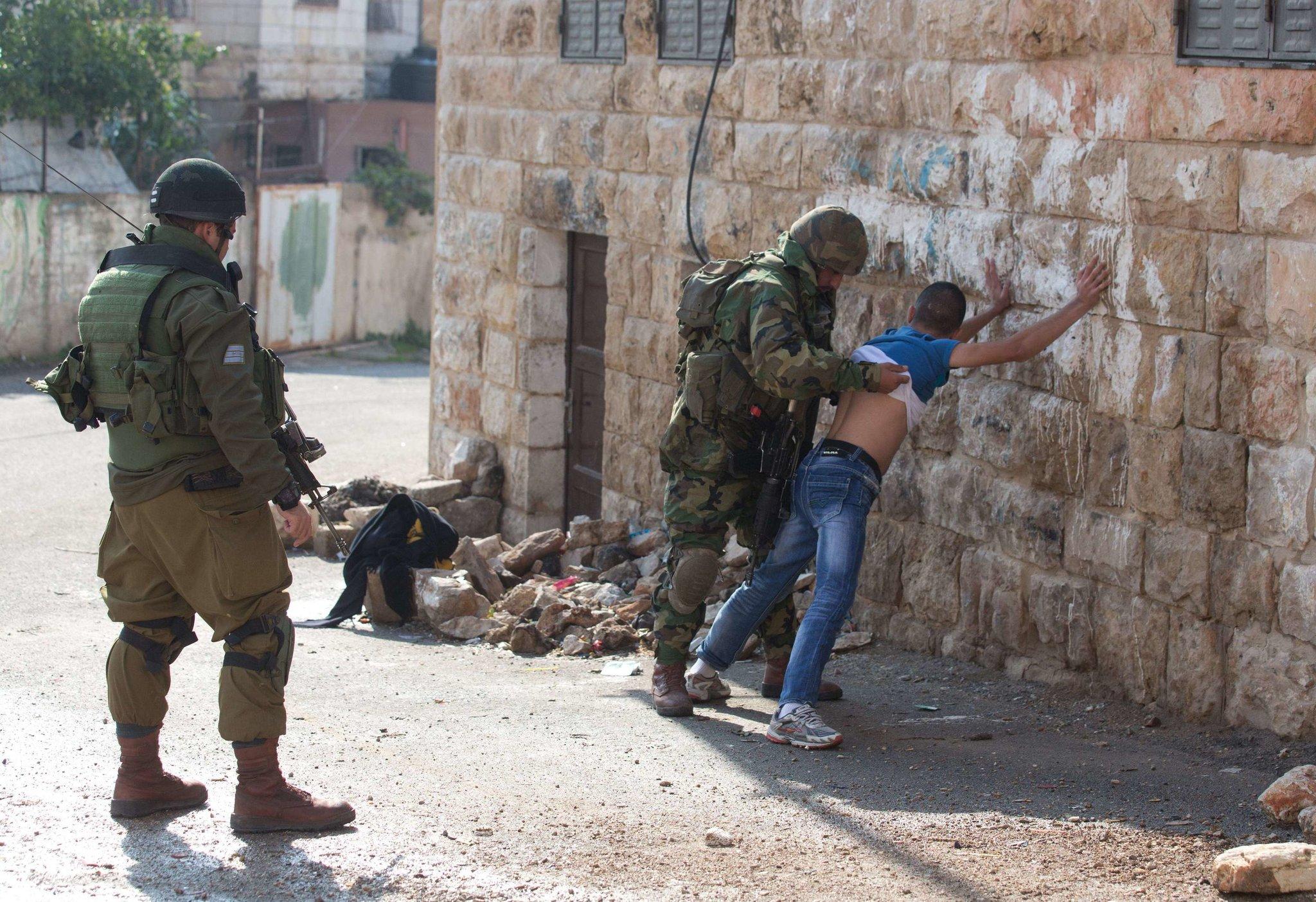 Israel - Army arrests 20 Palestinians in West Bank using Pegasus spyware