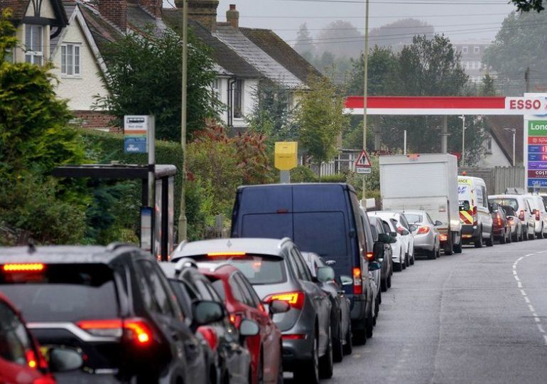 Petrol shortage UK - Military to deliver petrol to UK garages from Monday