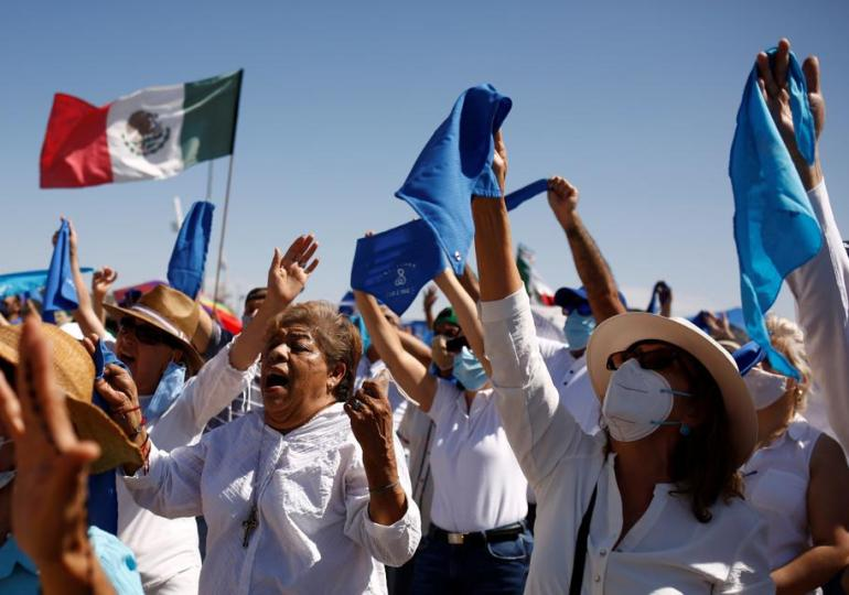 Thousands attend anti-abortion rally in Mexico