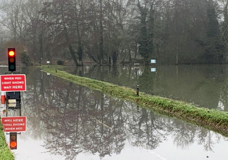 'Adapt or die': Get ready for floods, droughts and rising sea levels, says Environment Agency