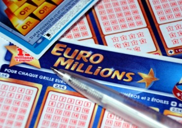 EuroMillions - Record £184 million jackpot as Brits race to buy tickets