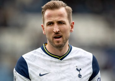 Harry Kane 'verbal agreement' transfer clause revealed as Jamie Redknapp suggests Levy agreed to sell star for £130m
