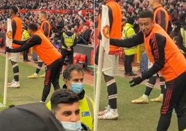 Jesse Lingard plays down altercation with Manchester United fans during Liverpool mauling