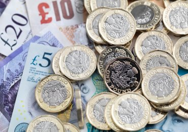 Budget 2021: National living wage to increase from £8.91 to £9.50 an hour