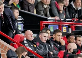 Manchester United anger Premier League rivals over COVID-19 vaccines as Liverpool lead way