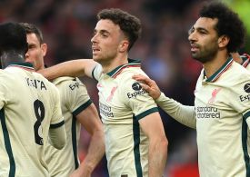 Man Utd 0-5 Liverpool: Mohamed Salah hits hat-trick and Paul Pogba sees red