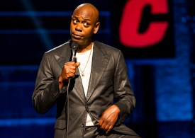 """Dave Chappelle Gets Standing Ovation Amid Netflix Special Controversy: """"If This Is What Being Cancelled Is, I Love It"""""""