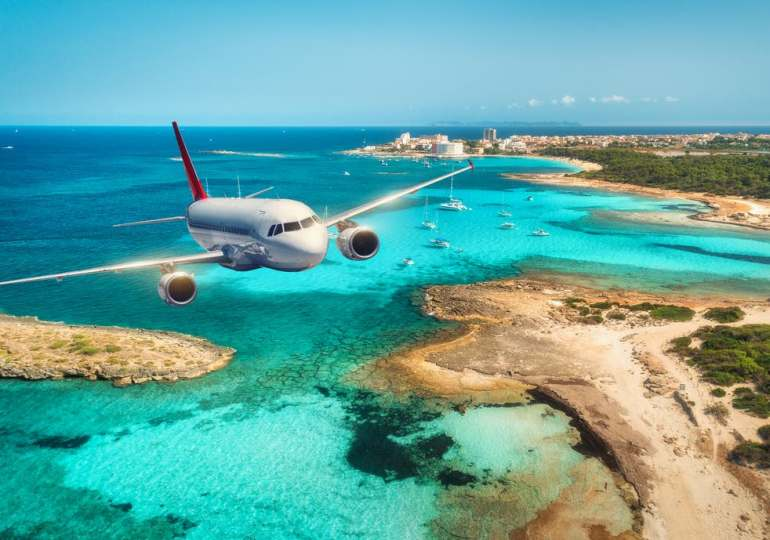 Travel rules for 32 more countries scrapped – including some from the red list